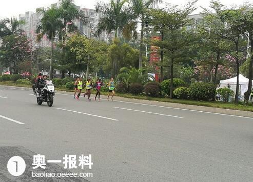 2016年深圳国际宝安马拉松赛开跑